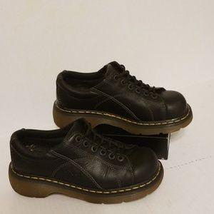 Dr. Martens black leather women's shoes size 9